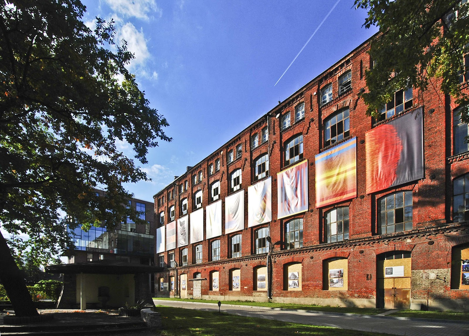 Inside Lodz film school LR